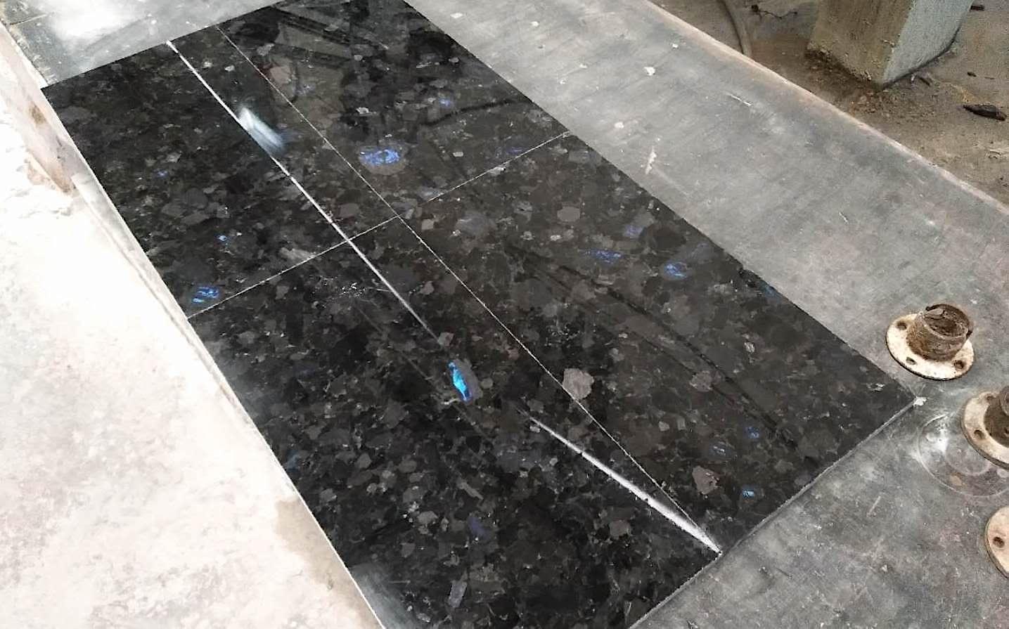 Polished Volga Blue granite tile. Order for Russia. фото 5eda1d8fb54cb