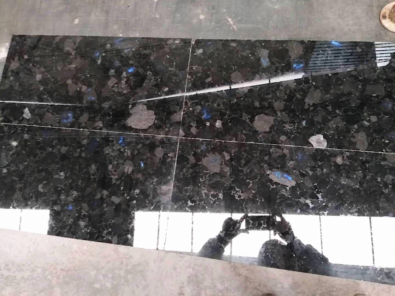 Polished Volga Blue granite tile. Order for Russia. фото 5eda1d8fb5a31