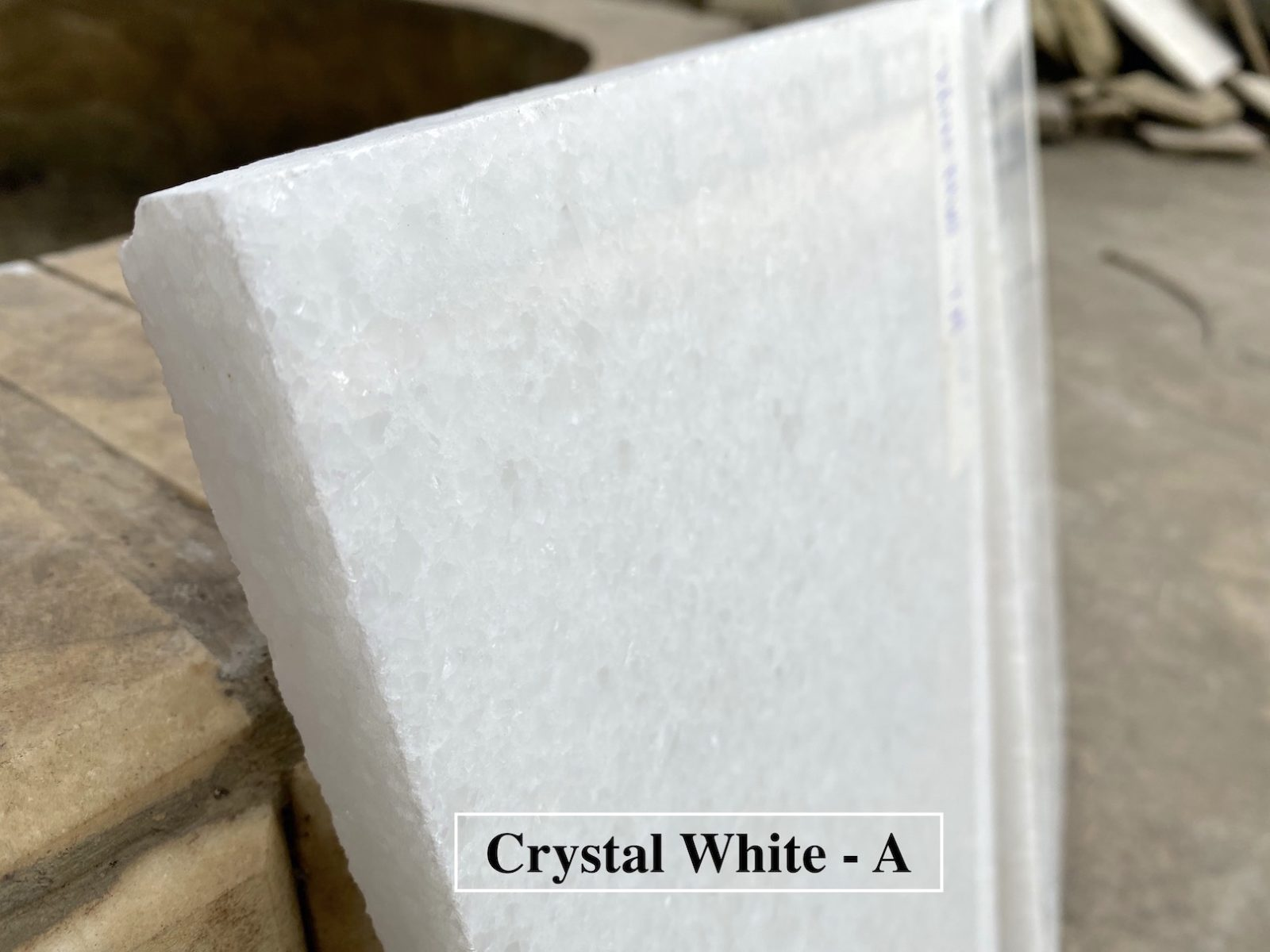 Crystal White фото 60525c1d66393