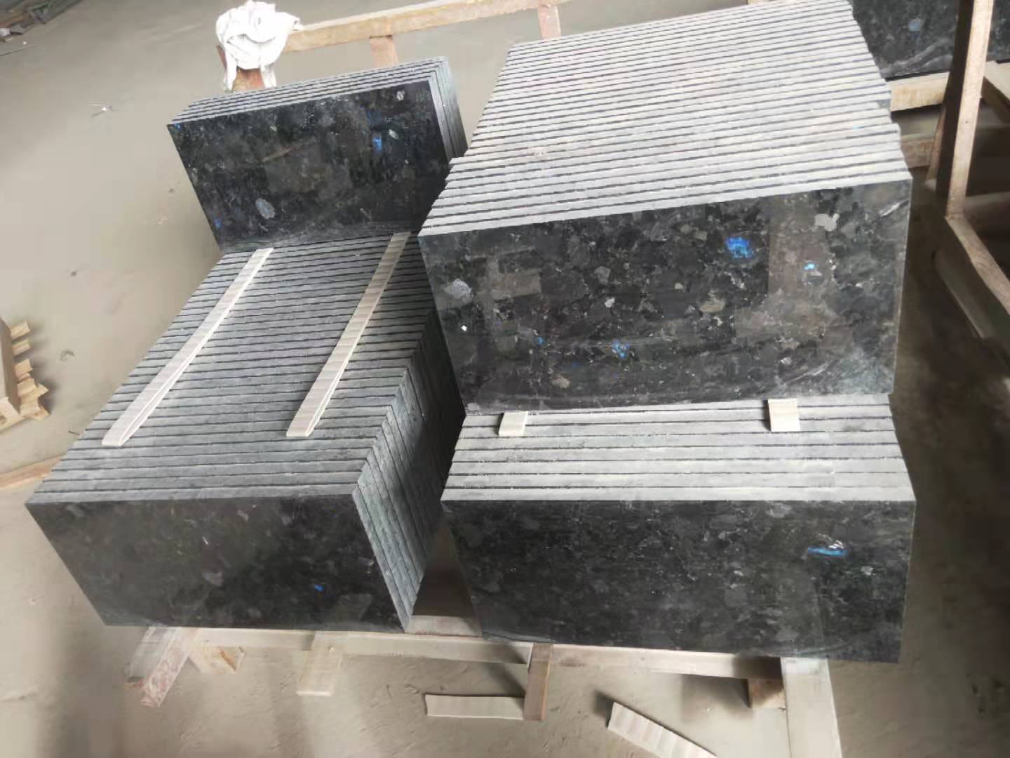 Polished Volga Blue tiles. 9 containers. Shipped. фото 61764c1466f81